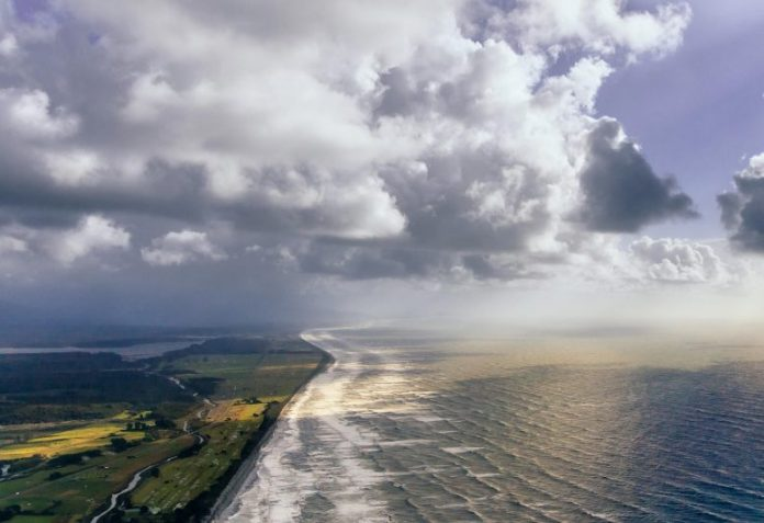 First Global Picture of Mutual Predictability of Atmosphere and Ocean