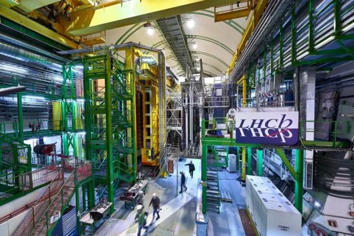 LHC पर LHCb प्रयोग Cavern