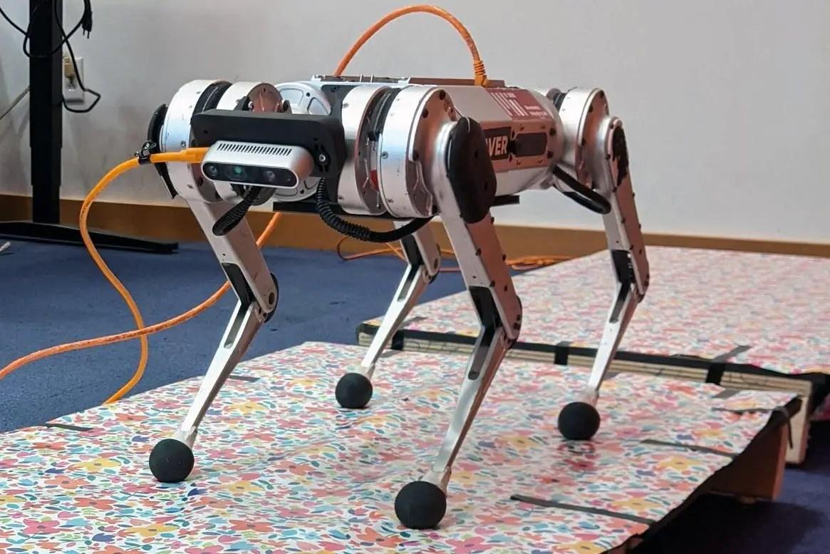MIT Robotic Mini Cheetah, One Giant Leap for MIT's Robotic Mini Cheetah, mars cloud, ,Cheetah, Giant, leap, Mini, MITs, Robotic, science news, SPACE, spacelivenews, SpaceLiveNews