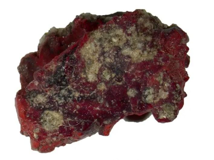 Quasicrystal İçeren Kırmızı Trinitite Örneği