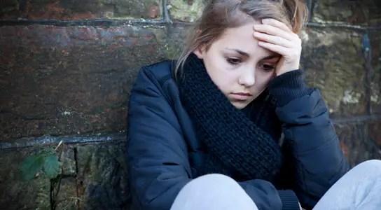 depressed-girl-infant