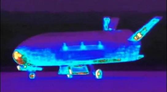 x-37b-air-force-boeing-space-plane