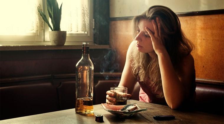 women-alcohol_file_759