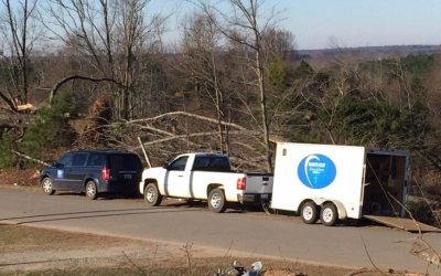 SCN volunteers respond to tornado destruction in Holly Springs