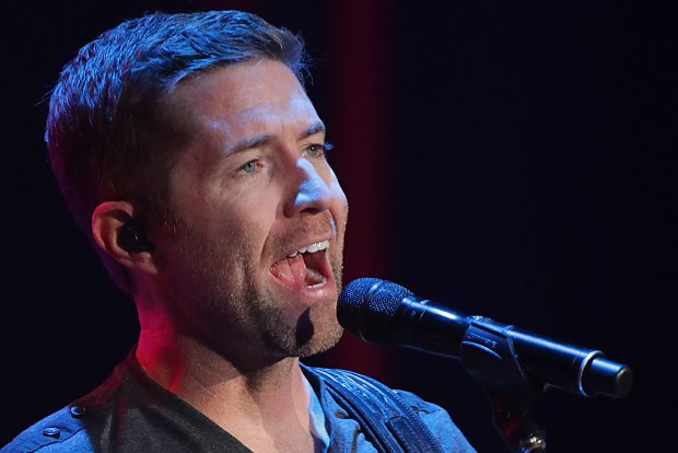 Country singer Josh Turner and band entertains a full house at the Fox Performing Arts Center in Riverside, CA. Sunday, Dec. 4, 2016. TERRY PIERSON,THE PRESS-ENTERPRISE/SCNG