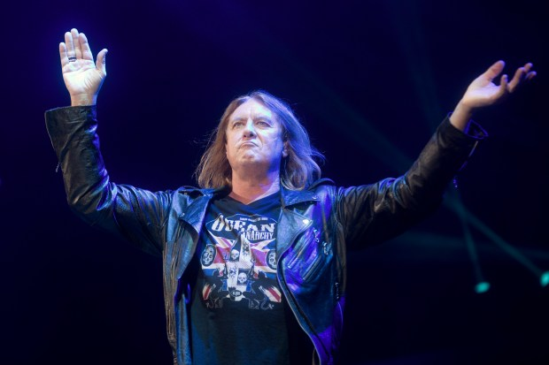 Def Leppard's Joe Elliott performs at Irvine Meadows Amphitheatre in 2016. (File photo by Drew A. Kelley)