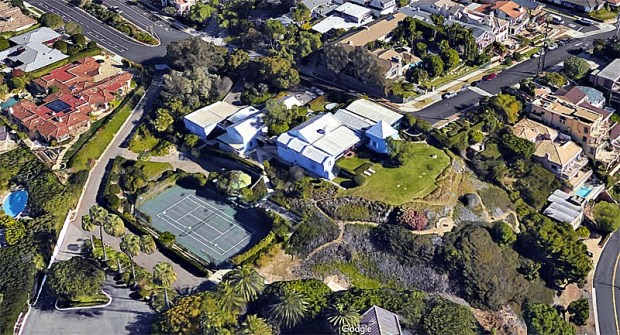"The landmark ""Big Blue House"" in Corona del Mar owned by Irvine family heirs for many years was part of a recent $55 million home sale transaction. (Google Earth)"
