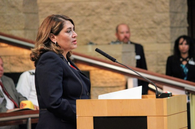 Assemblywoman Sharon Quirk-Silva addresses the Irvine City Council about the state's plan to build a military veterans cemetery at the former El Toro Marine base Sept. 26, 2017. (Tomoya Shimura, Orange County Register/SCNG)