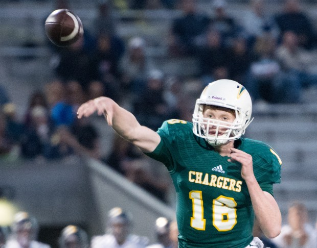 Edison's Griffin O'Connor throws a pass during a non-league game against San Juan Hills at Huntington Beach High School on Friday, September 15, 2017 in Huntington Beach, Calif. (Photo by Josh Barber, Contributing Photographer)