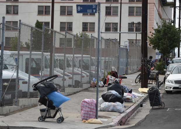 LA Sanitation posted signs that there would be sidewalk, alley and park cleaning in a waterfront neighborhood in San Pedro where homeless encampments have become a persistent problem in recent years.San Pedro, November2, 2017. Photo by Brittany Murray, Daily Breeze/SCNG