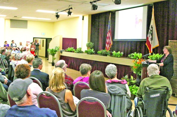 Dr. Lucy Jones retired seismologist from the U.S. Geological Survey spoke to a full house at Joslyn Center in Manhattan Beach. Photo by David Rosenfeld