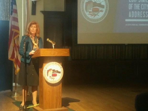 Hemet Mayor Linda Krupa delivers the State of the City address Thursday, Oct. 26, 2017.