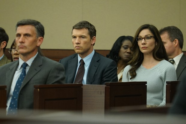 "Sam Worthington as Jim ""Fitz"" Fitzgerald and Lynn Collins as Natalie Rogers."