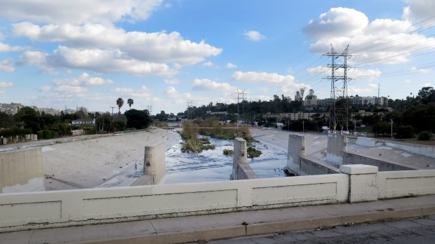 City planners agreed to add two more lanes to the bridge that connects Silver Lake to Atwater Village. The project is slated to bring the 90-year-old Glendale-Hyperion bridge that crosses over the L.A. River and 5 Freeway up to modern-day seismic and traffic safety standards. A second bridge for pedestrians and bicyclists would be built here. (Photo by Dean Musgrove, Los Angeles Daily News/SCNG)