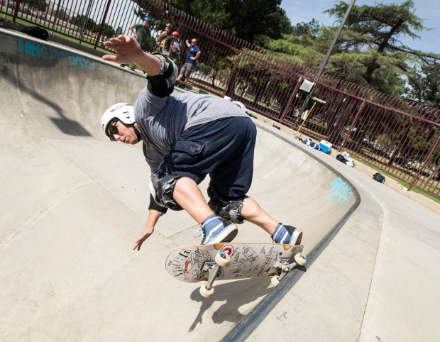 Todd McDonagh, of Upland, Ca. skates the pool at Upland Skatepark on Friday, March 17, 2017. The park has been closed for several months and recently reopened. (Sarah Alvarado for Inland Valley Daily Bulletin)