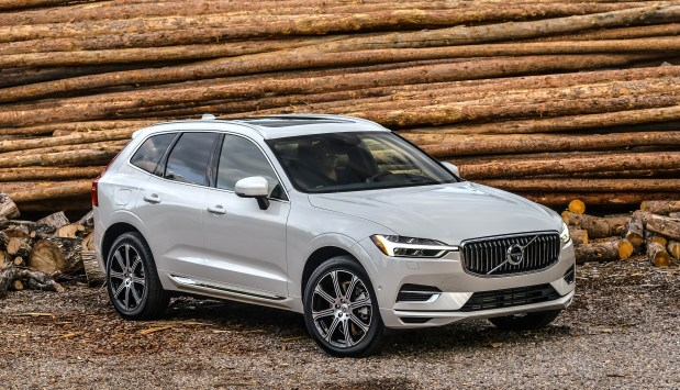 Volvo's award-winning 2018 XC60 utility vehicle is among the vehicles you can get a deal on during its Presidents' Day sale. (Photo courtesy of Volvo).