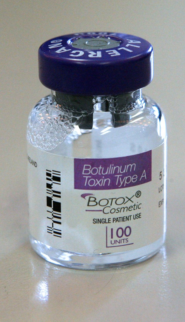 A vial of Botox injectable is displayed, Tuesday, March 6, 2007, in New York. Photographer: Stephen Hilger/Bloomberg News.