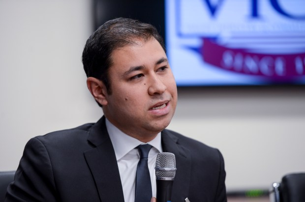 Antonio Sanchez, a candidate for Assembly District 39, speaks at a debate hosted by the Valley Industry & Commerce Association. (Photo by David Crane, Los Angeles Daily News/SCNG)