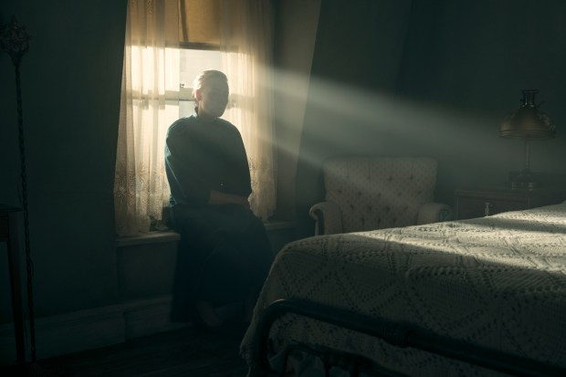 "THE HANDMAID'S TALE -- ""June"" -- Episode 201 -- Offred reckons with the consequences of a dangerous decision while haunted by memories from her past and the violent beginnings of Gilead. Serena Joy (Yvonne Strahovski), shown. (Photo by:George Kraychyk/Hulu)"