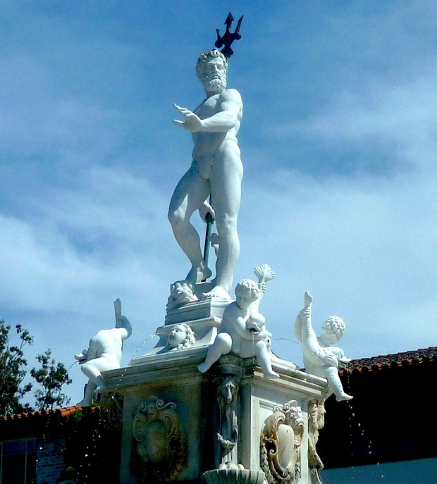 The statue of Neptune stands watch over Malaga Cove Plaza in Palos Verdes Estates. (April 2018 photo by Sam Gnerre)