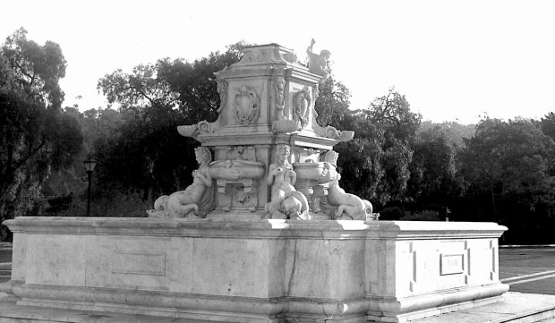 The Neptune Fountain in late 1968, after the Neptune statue toppled and had to be removed. (Daily Breeze file photo)
