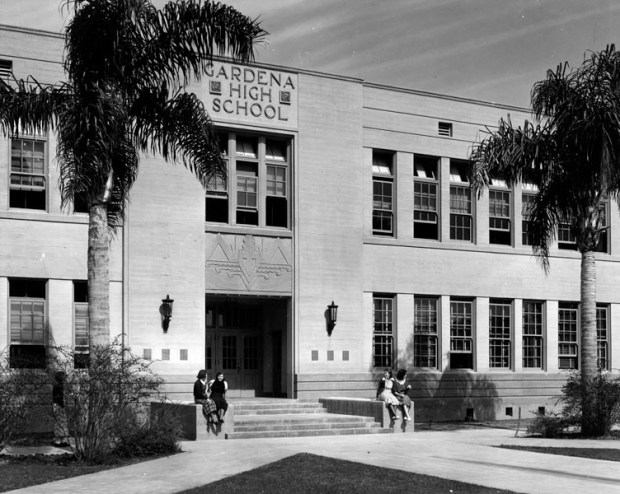 Gardena High School in 1936, after the damage from the 1933 Long Beach earthquake had been repaired. This building, erected in 1923, later became Peary MIddle School. (Credit: Los Angeles Publlic Library Photo Collection)