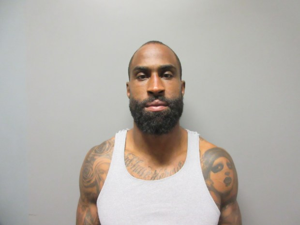 1088d0e1 Former NFL player Brandon Browner is sentenced for the attempted ...