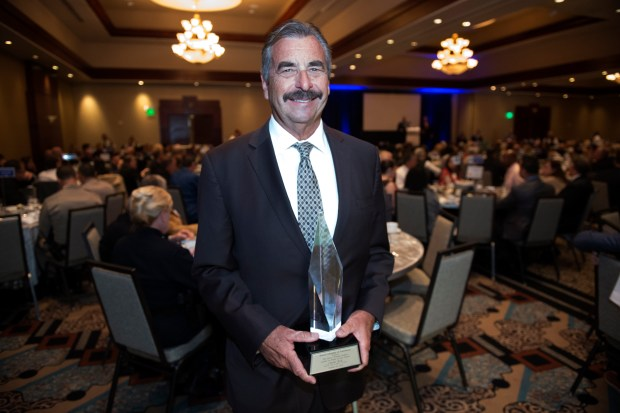 From Charlie Beck to Ross Porter, Armand Arabian awards celebrate difference-makers in the San Fernando Valley