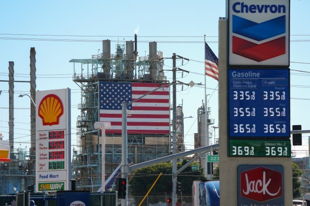 Refinery fire will likely fuel price hikes at California gas pumps