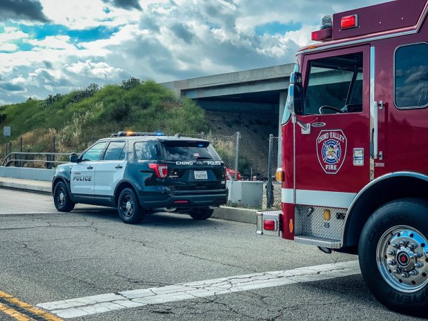Woman dies after jumping from 60 Freeway in Chino – San Bernardino Sun