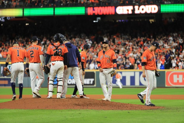 Astros' AJ Hinch: 'I'll have to live with' bullpen decision in World Series finale