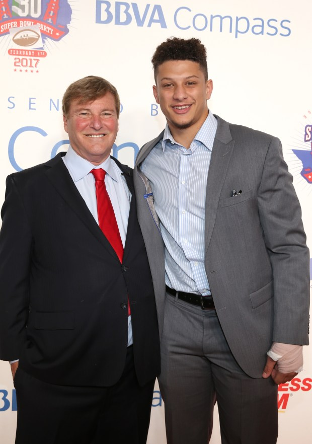 Whicker: With Patrick Mahomes alongside, Leigh Steinberg eyes the 13th step