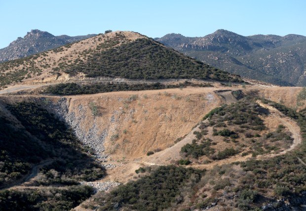 Feud over whether San Fernando Valley landowner's property is dump or park ends, for now