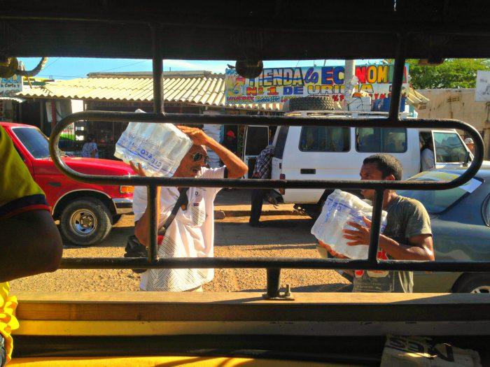 Senor Antonio a capo dei trasporti di persone e alimenti da Uribia a Cabo de la Vela