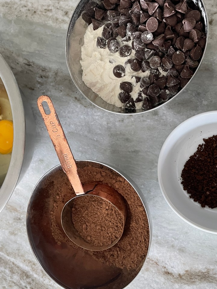 you need eggs, cocoa powder, espresso powder, flour and chocolate chips for these espresso brownies
