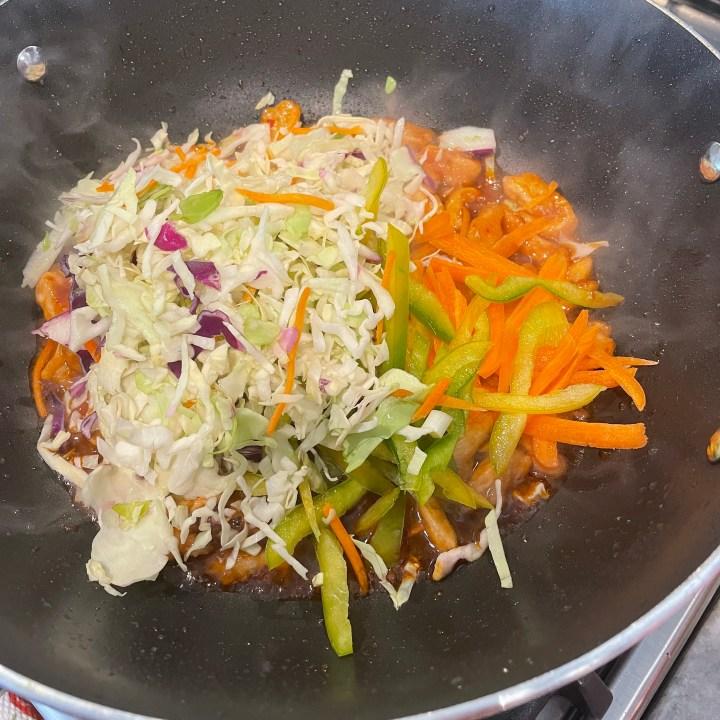 vegetables stir fried with spicy chicken