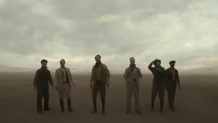 Il cast in una scena di Jupiter's Legacy