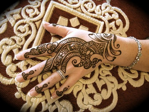 Uroos Eid ul Fitr Mehndi Designs 2014 For women (2)