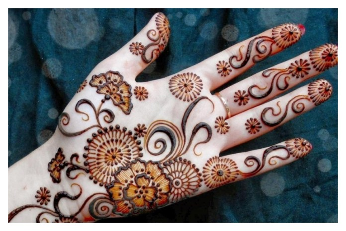 how to make a mehndi designs