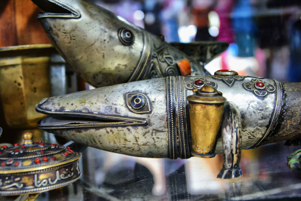 Handcrafts at a market (Rod Waddington/flickr)