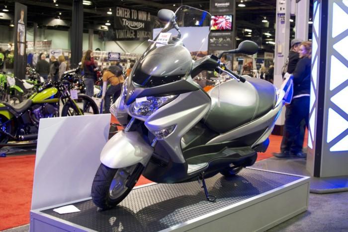 Suzuki Burgman 200 - 05