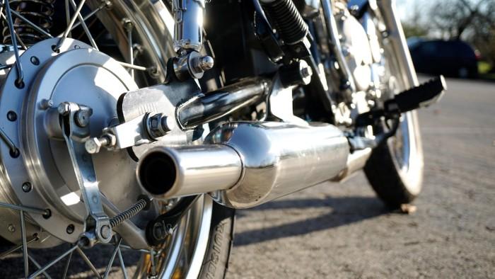 2016 Genuine Motorcycles G400C 42