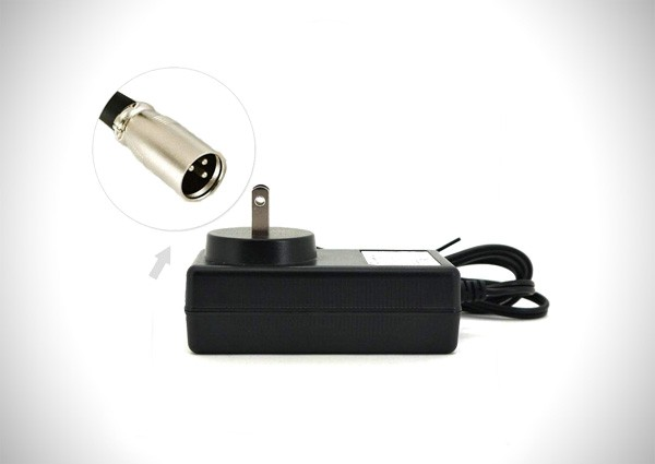 Intocircuit 24V 1.5A XLR Scooter Battery Charger