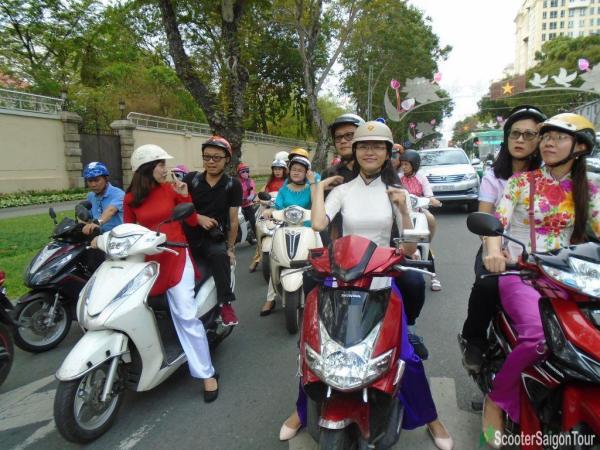 saigon motorbike tour tracy - Top 10 things to do in Saigon