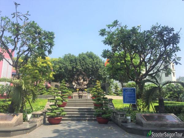Thich Quang Duc Memorial Park Tracy