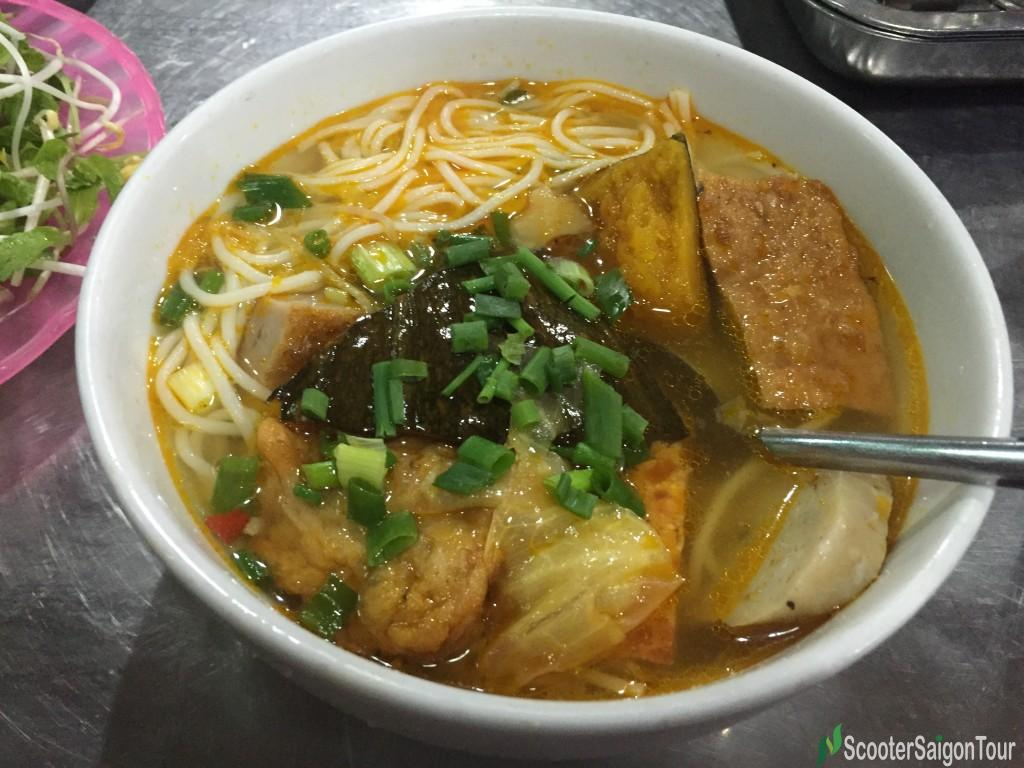 Rice Noodle Soup with Fish Pie in Danang