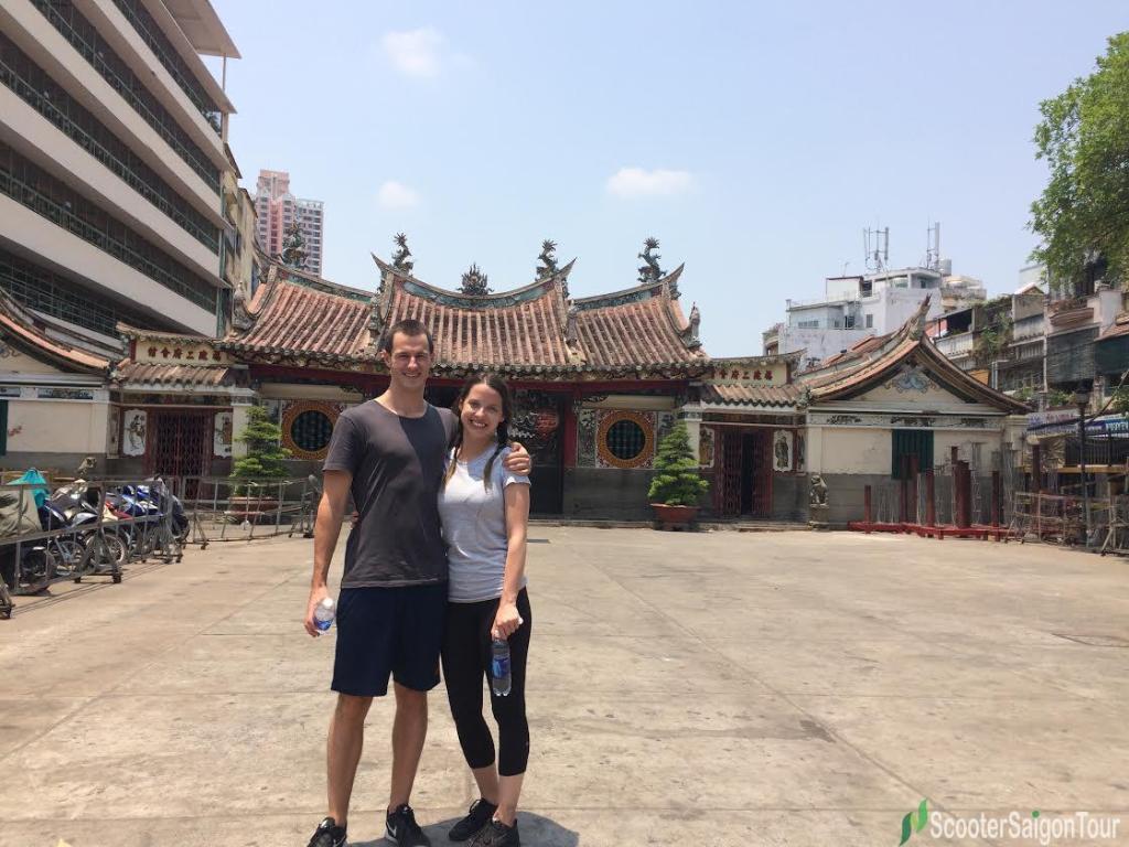 saigon sightseeing tour and street food ong pagoda