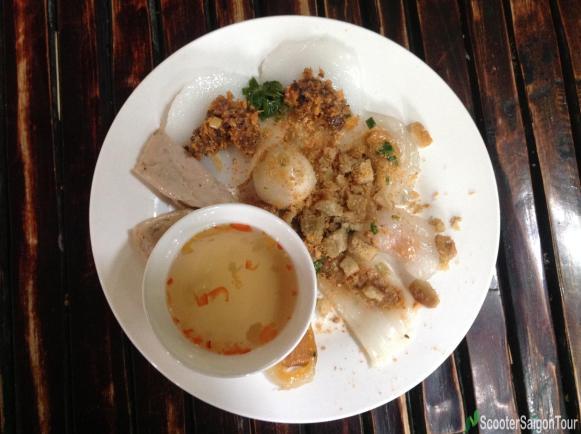 savory-cake-specialties-of-central-vietnam