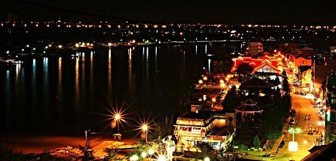 ninh-kieu-wharf-Top Things to Do in Can Tho