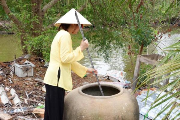 Vietnamese Ao Ba Ba